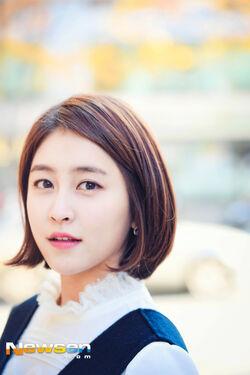 Park Min Ji31.jpg