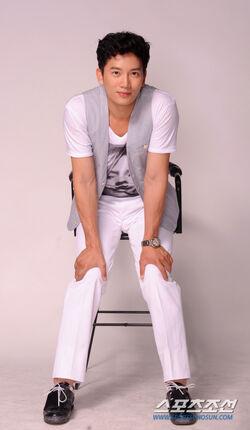 Ji Sung15.jpg