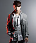 Lee Tae Min16