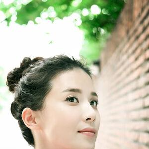 Lee Bo Young14.jpg