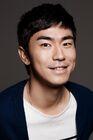 Lee Shi Un3