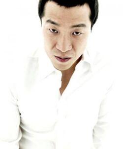 Lee Yong Jik000.jpg