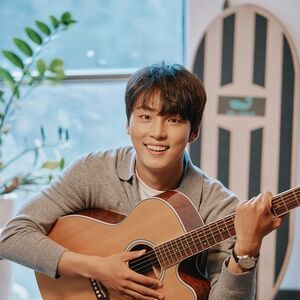 Yoon Shi Yoon38.jpg