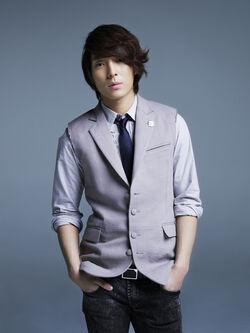 Choi Jong Hun05.jpg