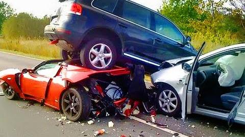 2018 Scary epic car crash compilation HD - Warning very graphic!