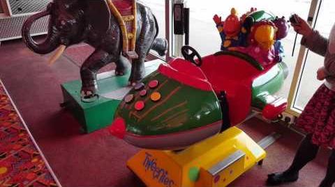 AMUTEC 'Tweenies rocket' coin operated kids ride @ smiths arcade by TAJ The arcade junkie
