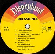 Dreamliner82label