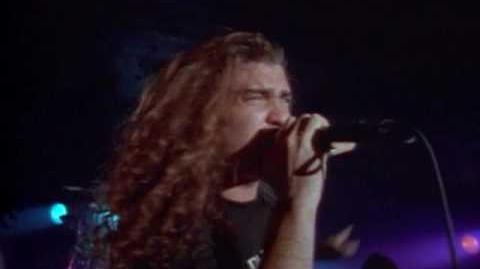 Dream_Theater_-_Pull_Me_Under-0