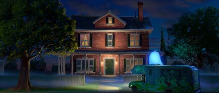 BOO house RV