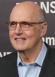 Jeffrey Tambor June 2015.jpg