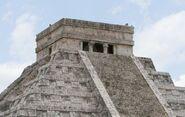 Castillo temple-chichen itza