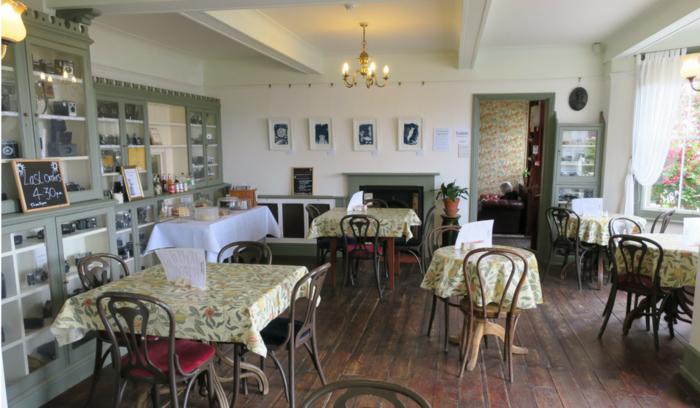 Tea room.png