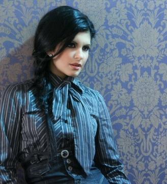 Elena Lysander
