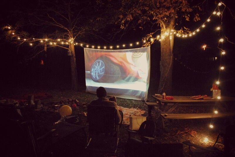 Backpackers Hostel/Movie Room
