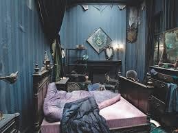 Black Estate/Ferlen's Room