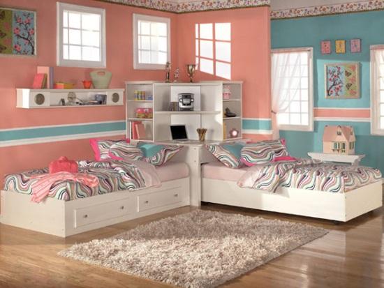 Black House/Girl's Room