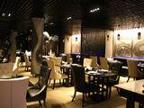 La Lune Bleue/The Restaurant
