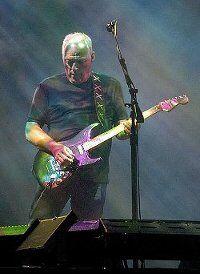 439px-David Gilmour in Munich July 2006-ed-.JPG