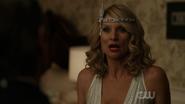 Dynasty S02E01 Screens (3)