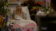 Dynasty S02E01 Screens (8)