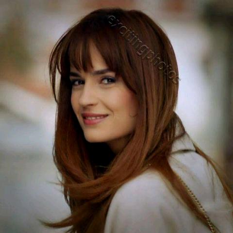 Mina Iula's avatar