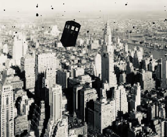 Strange photo found in New York in a 1930s speakeasy found a few years ago.