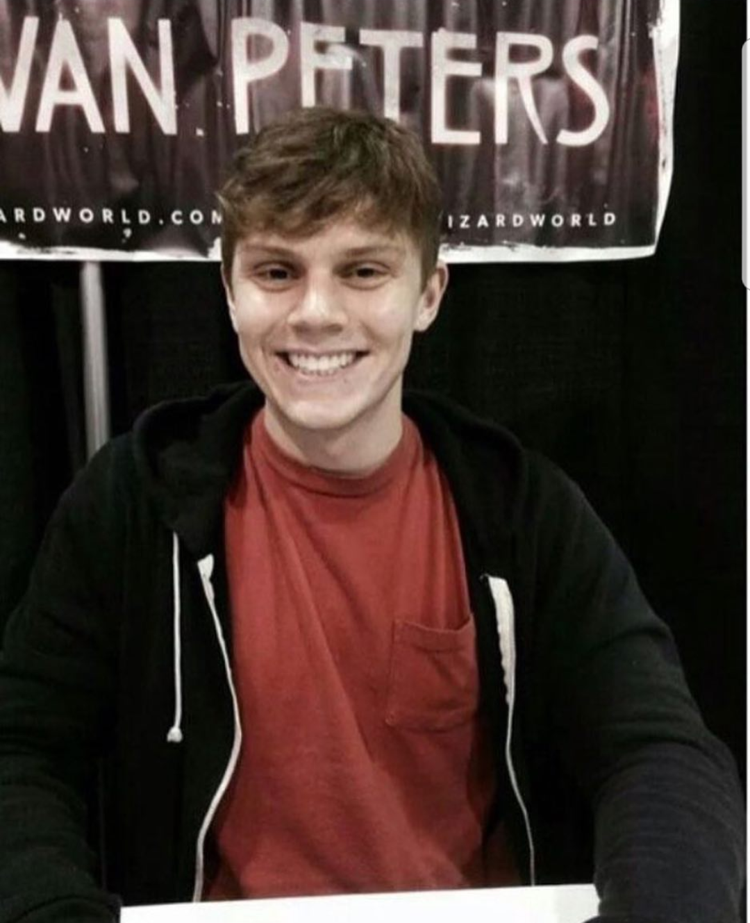Evan Peters ❤