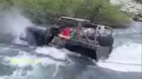 მდინარეში მოსიარულე მანქანები - საოცარი ექსტრემალური გართობა
