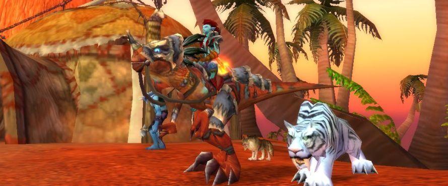 Akindi, her mount Xandar, and Claw in Sen'jin.