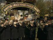 Albert Square (24 December 1998)