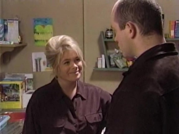 Episode 1111 (28 March 1995)