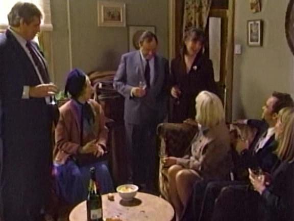 Episode 1065 (13 December 1994)