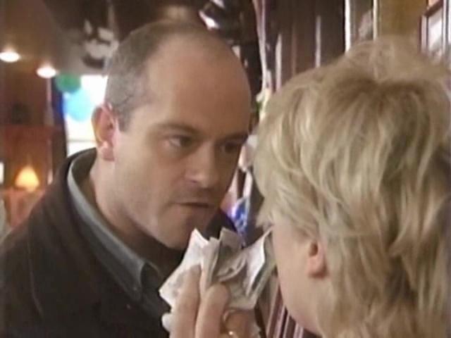 Episode 1046 (31 October 1994)