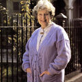Lou Beale (EastEnders Knitting Collection)
