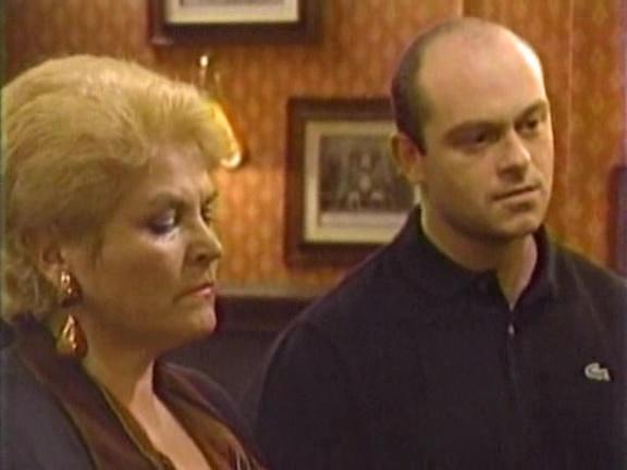 Episode 1076 (5 January 1995)