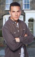 Steven Beale 2 (Aaron Sidwell)