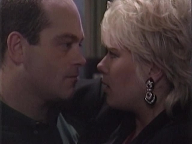 Episode 1040 (17 October 1994)