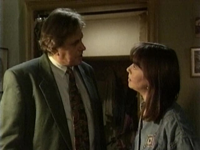 Episode 1041 (18 October 1994)