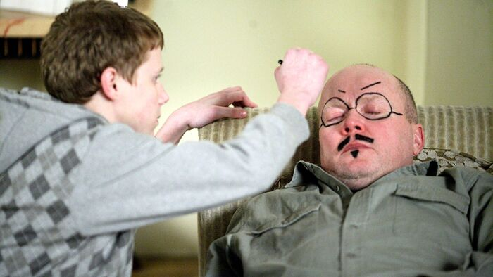 Jay Draws on Phil Mitchell Face (4 May 2009).jpg