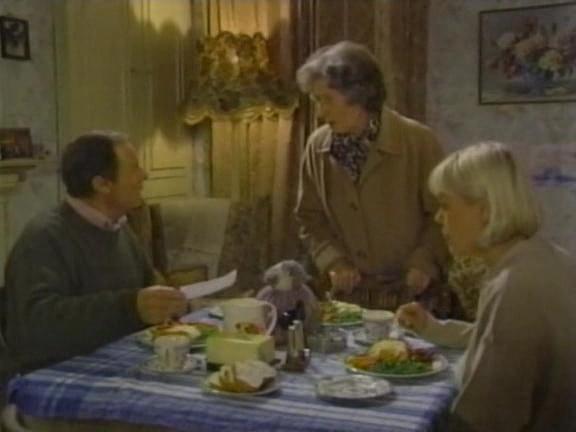 Episode 1060 (1 December 1994)
