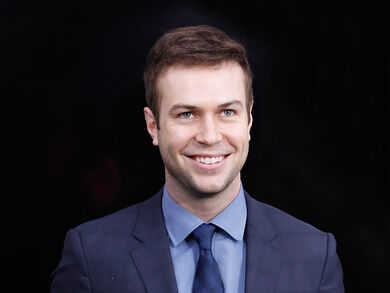 Taran Killam in Single Parents