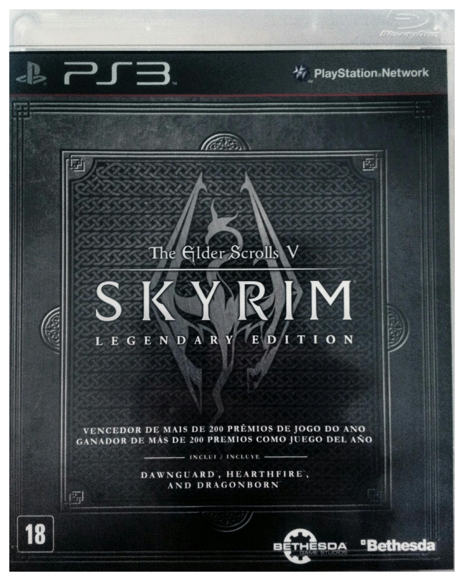 Tive a sorte de comprar essa versão pra console, q tem todas as DLCs