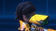 Roza want to shoot Jenny