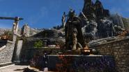 Talos in Whiterun with Dragonsreach