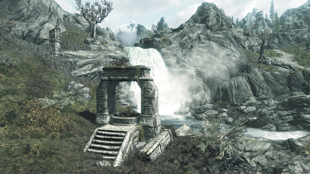 Dwarven Arch: Harmugstal Falls