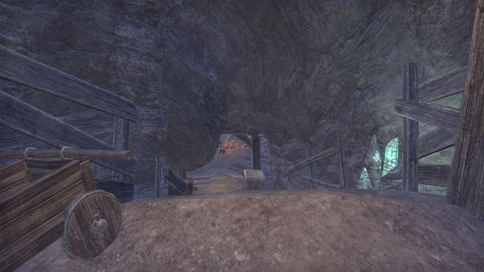Пещера-мастерская Багровой Кады