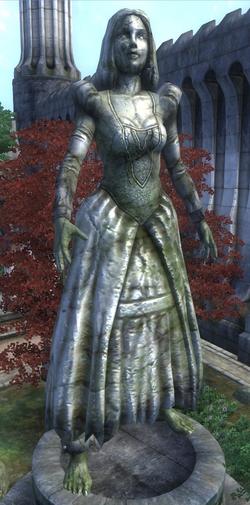 Statue d'Alessia dans la cité impériale de Cyrodiil.