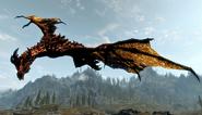 Starożytny smok w locie (Skyrim)
