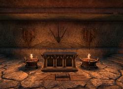ESO M Ahnengrab Altar.png