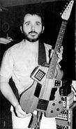 Octave-Plateau Voyetra MIDI Guitar summer NAMM 1985